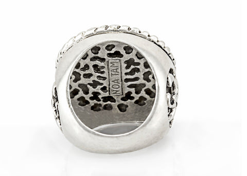 coin ring with the Horseshoe medallion on fleur de lis ring
