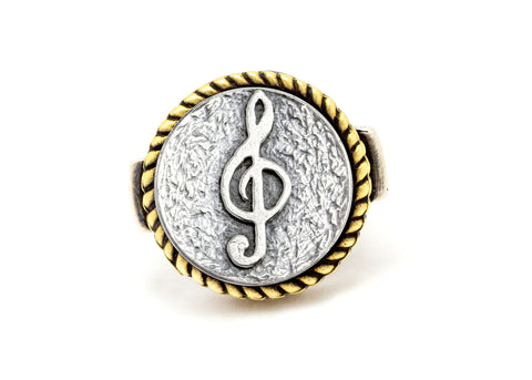 Coin ring with the Treble Clef coin medallion