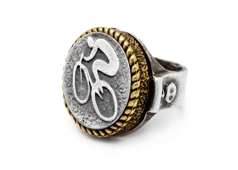 coin ring with the Bicycle coin medallion