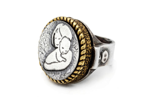 coin ring with mother&child heart coin medallion