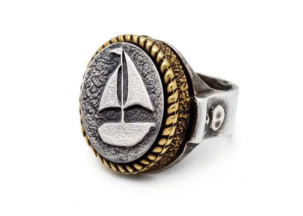 Coin ring with the Boat coin medallion