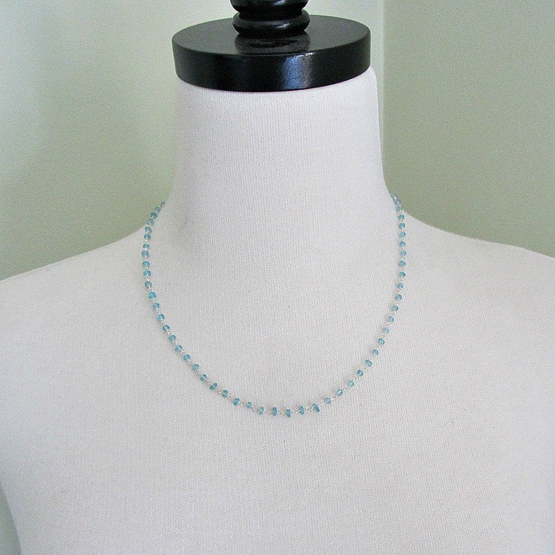 Apatite Gemstone Wire Wrapped Necklace around a mannequin.