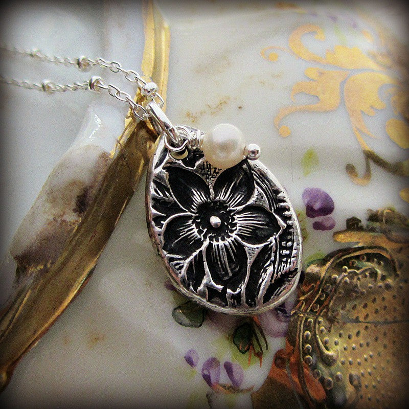 Vintage Flower Imprint Charm Necklace