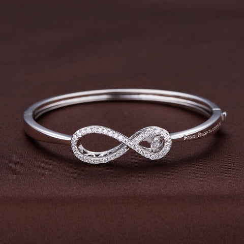 TWINKLES DANCING STONE INFINITY STYLE BANGLE