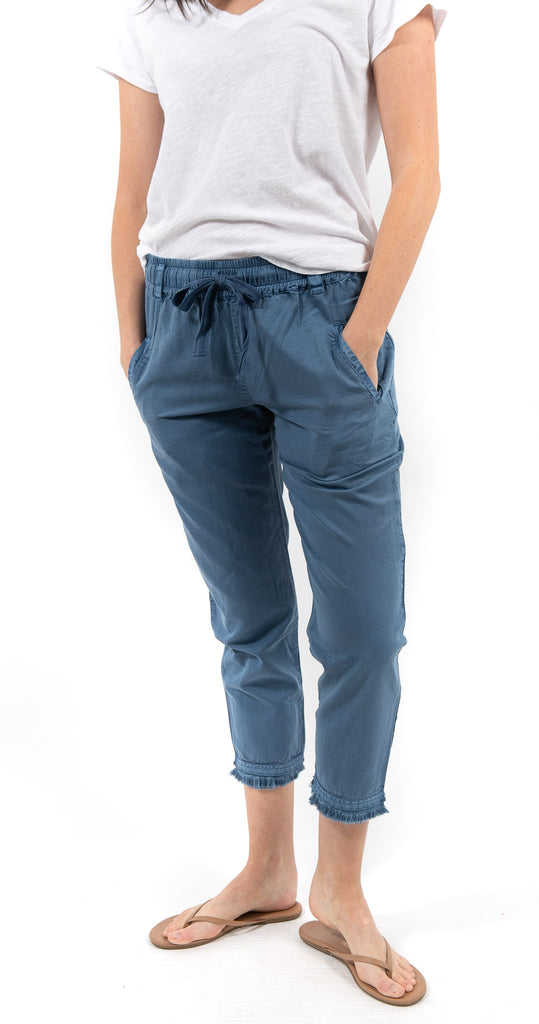 Leon Pant Prussian Solid