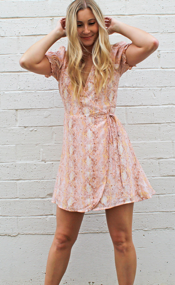 peaches & cream wrap dress [pink]