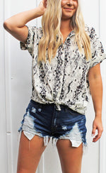 trend alert snake print button up [black/white] - Grace and Edge Boutique