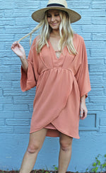 ready set party dress [apricot]