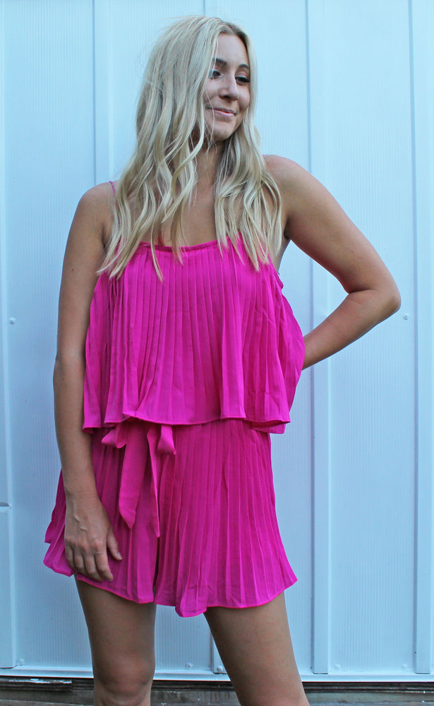 DAMAGED sipping by the shore romper [pink]