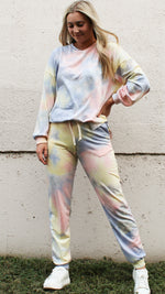 snuggle season tie dye set