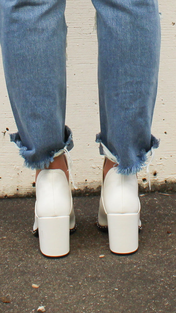 walk this way booties [white] - Grace and Edge Boutique
