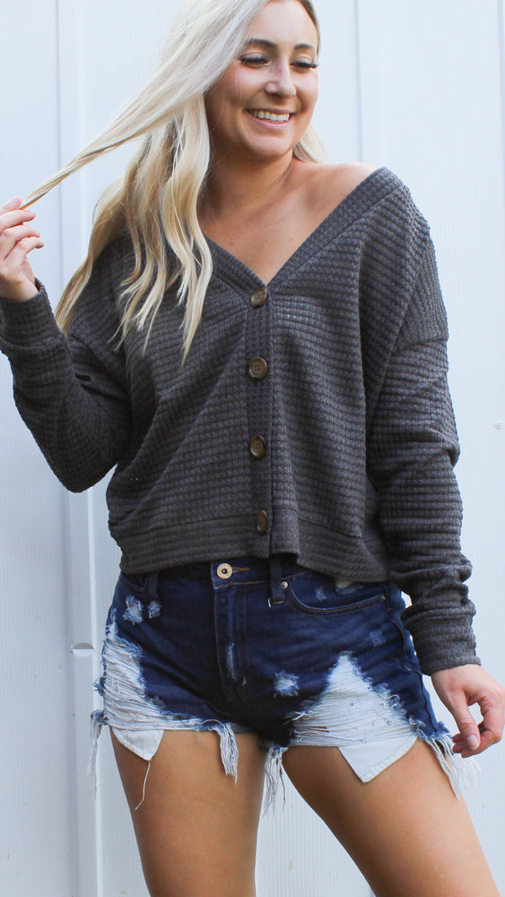 the best button down sweater [charcoal]
