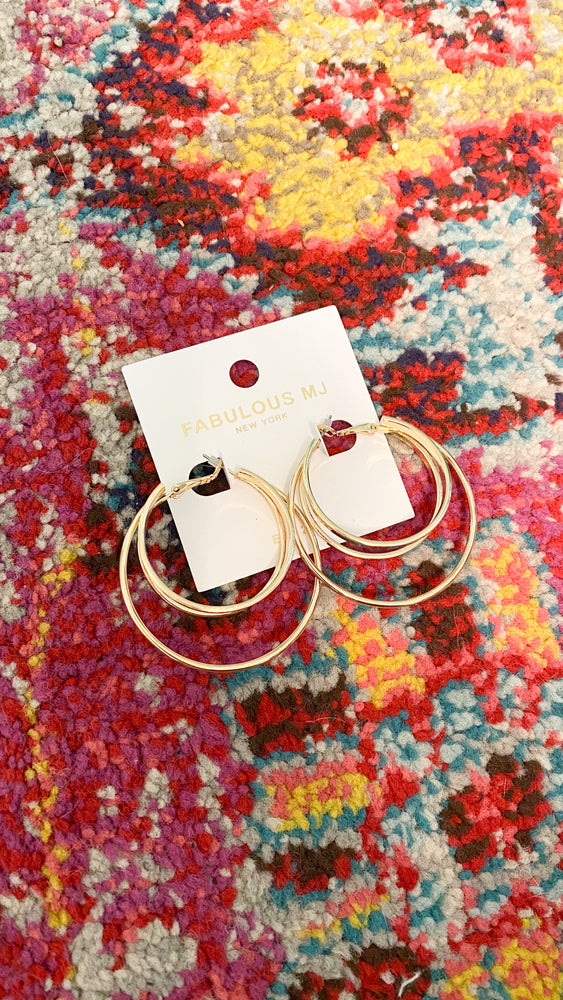 triple latch hoops earrings [gold]