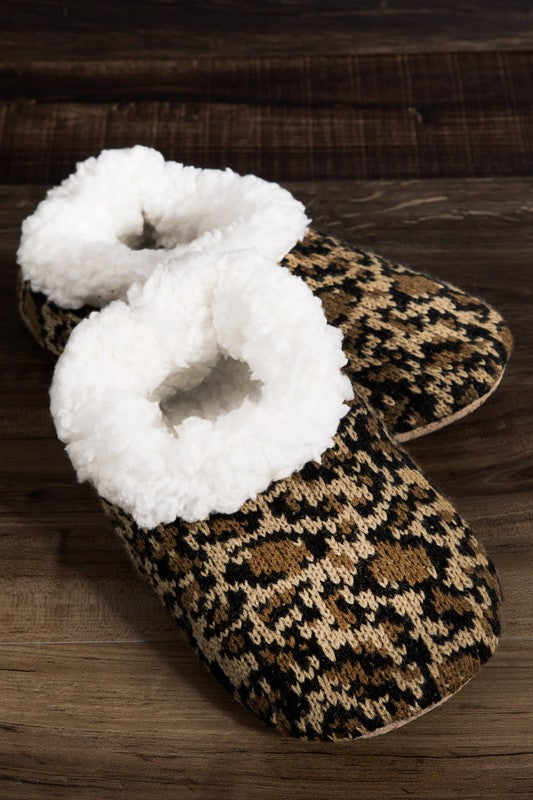 cheetah slippers [brown]