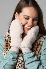 faux fur mittens w/ pop top [ivory]