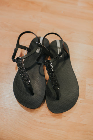 Ipanema Bond Sandal