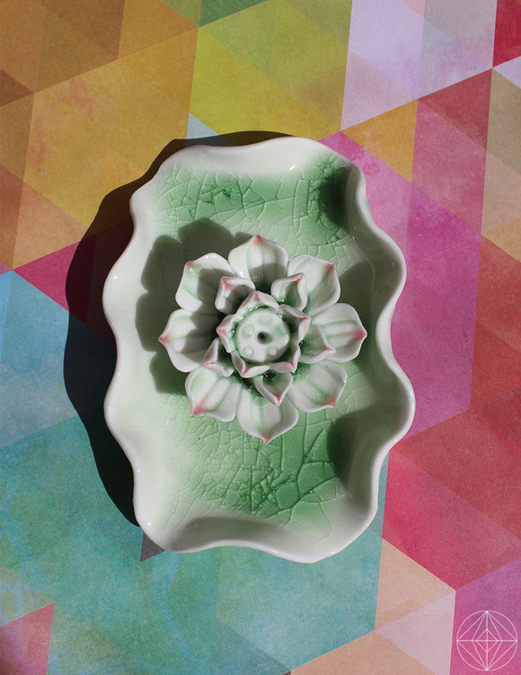 Ceramic Lotus Incense Holder - Earth's Elements