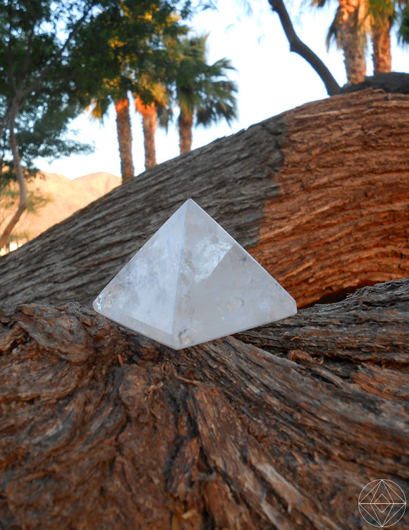 Crystal Clear Quartz Pyramid (Small) - Earth's Elements