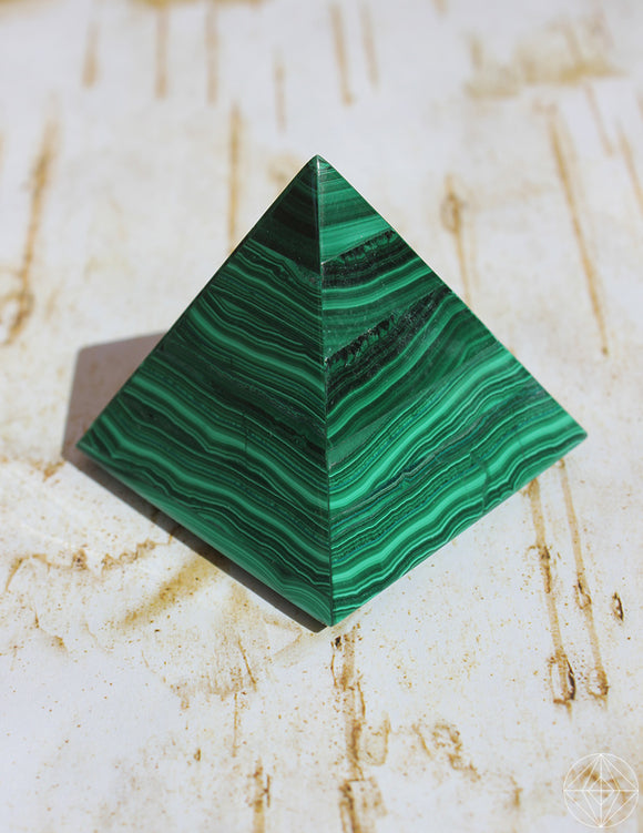 Malachite Pyramid - Earth's Elements