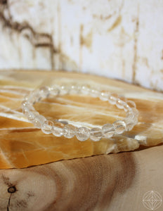Crystal Bracelet: Clear Quartz - Earth's Elements