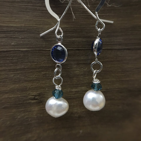 Blue and white pearl earings