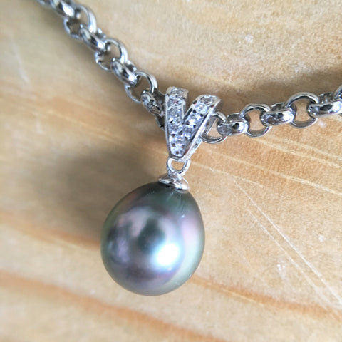 V shape CZ Pendant with Peacock Tahitian Pearl
