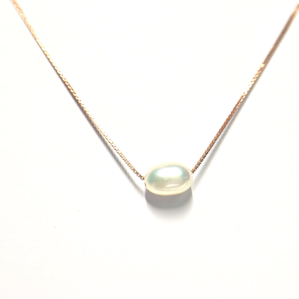 single pearl neckace gold