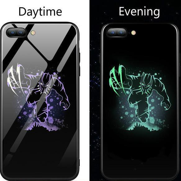 Fighting Black Panther Gloss iPhone Case