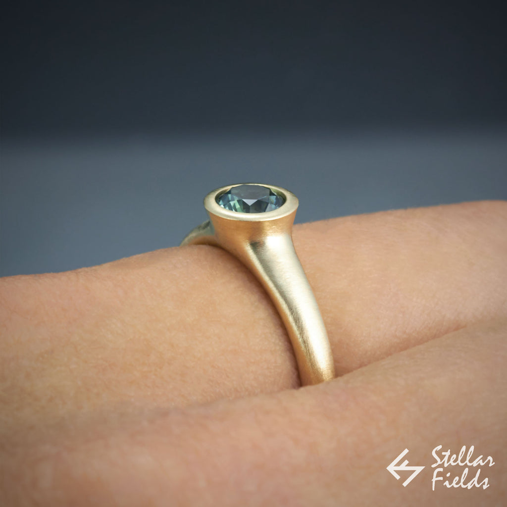 Round Bezel Sapphire Ring 14k Yellow Gold Stellar Fields