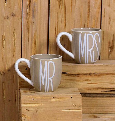 Mr. & Mrs. Mug Set-Coton Colors-The Bugs Ear