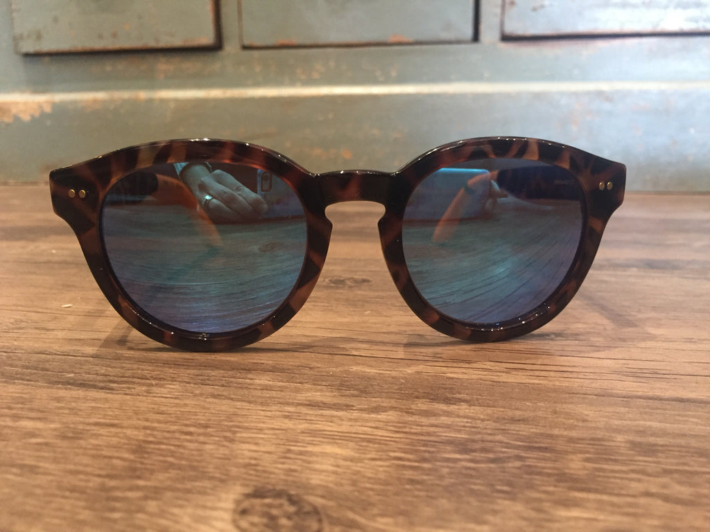 Toms Sunglasses Bellevue Blonde Tortoise-Toms-The Bugs Ear