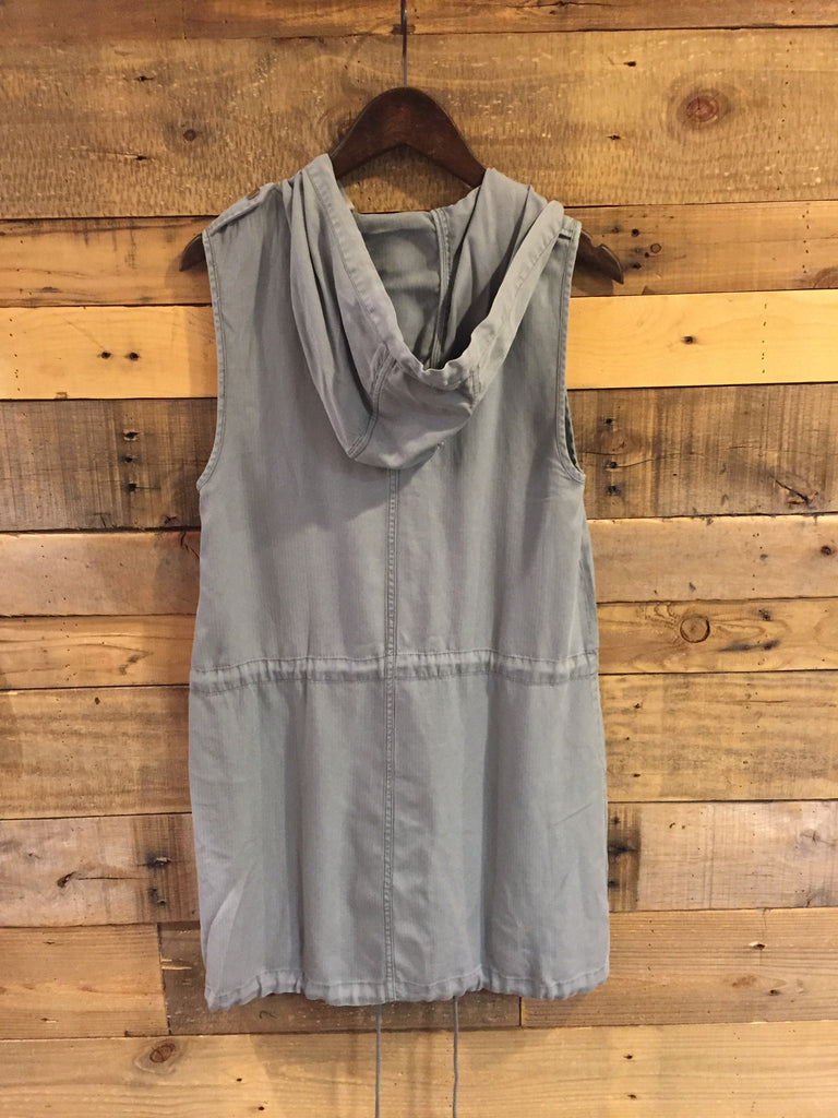 Avery Sleeveless Anorak Dress in Fog-On The Road-The Bugs Ear