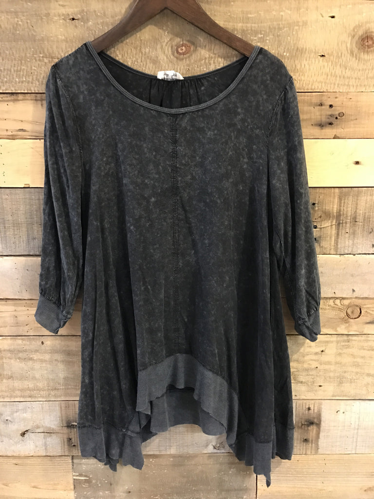April Extended Size Washed Sharkbite Top in Charcoal-Umgee-The Bugs Ear