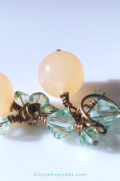 Soft Melody Short and Sweet | Yellow Jade Brass Earrings