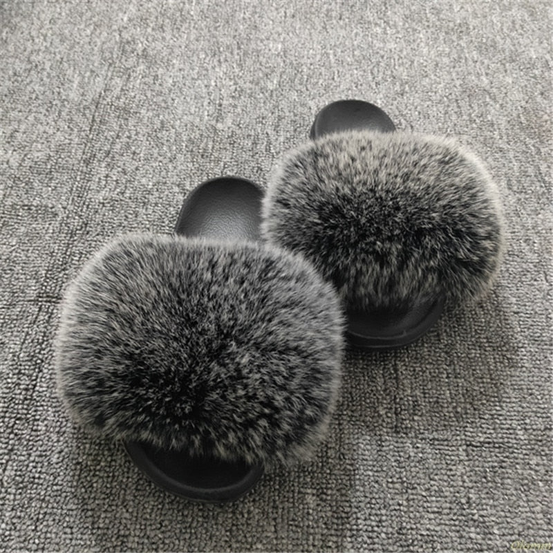 Gorgeous Ladies Fluffy Faux-Fur Slide Sandals