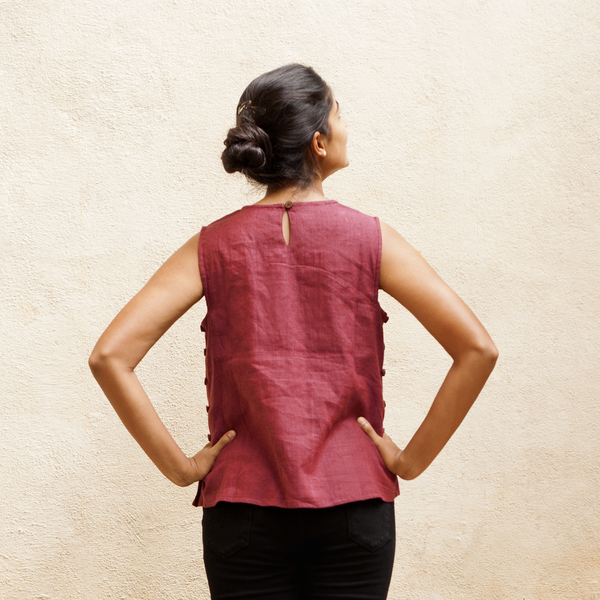 Adjustable Side Button Top - Burgundy