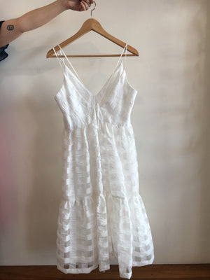 Bella Midi Dress, white tiered midi dress in a seersucker check