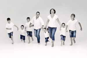 Family Frolic Photography - Exclusive Photography Perth/Brisbane