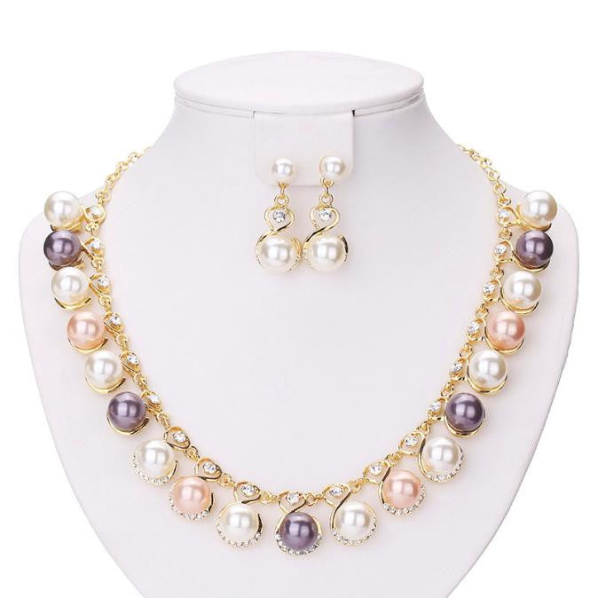 Pearl Necklace with crystal set