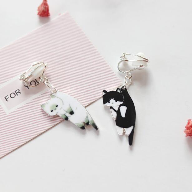 Cute cat drop earrings
