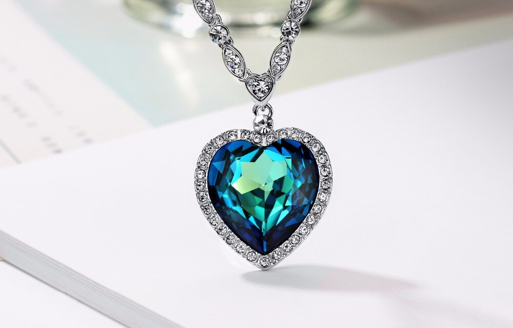 heart necklace with swarovski elements