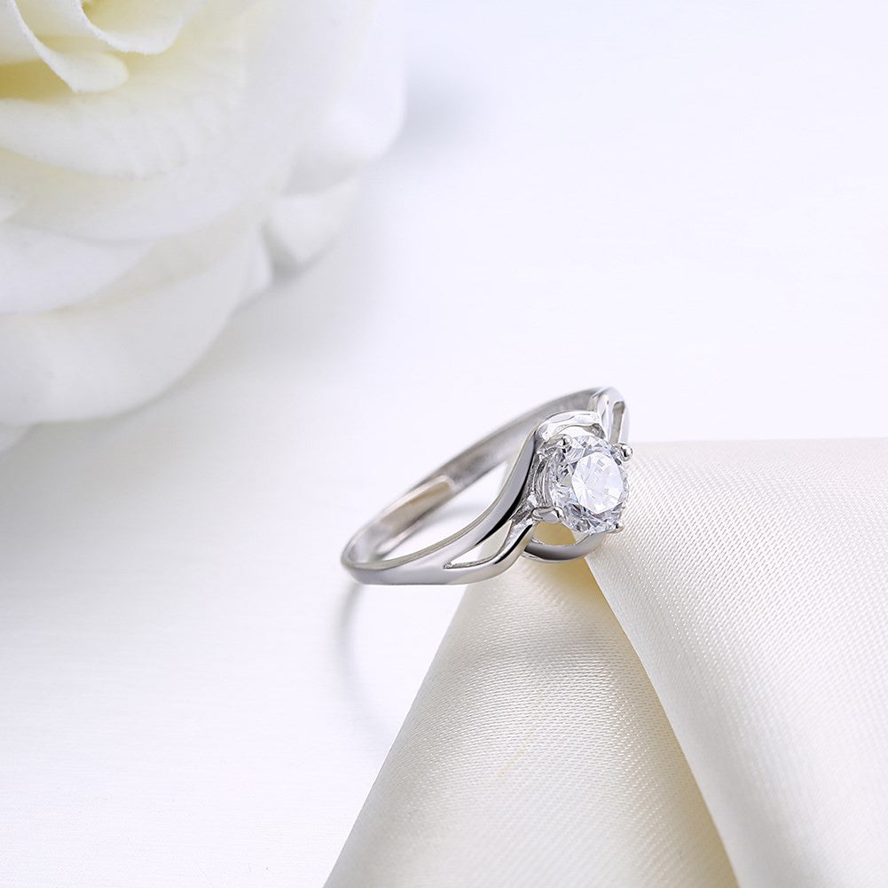 Silver fashion ring in 925 and cubic zirconia