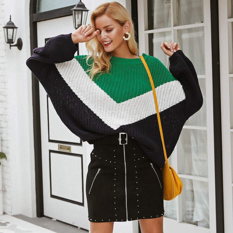 Round knitted sweater