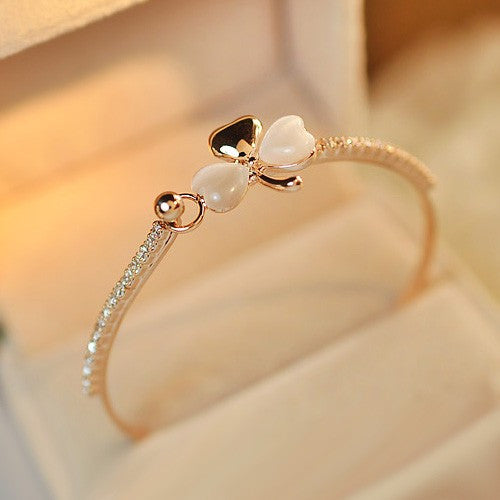 New Happiness Opal Clover Crystal Alloy 18K Gold Plated Women's Bangle