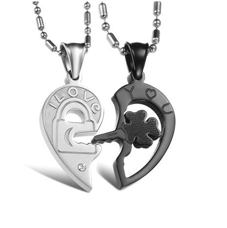 Four-leaf Clover Key And White Lock Lover Necklace Matching Set