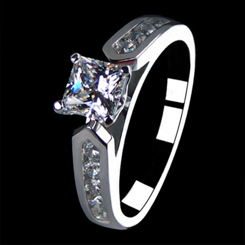 Princess Cut SONA Dimond 925 Sterling Silver Engagement / Wedding Ring