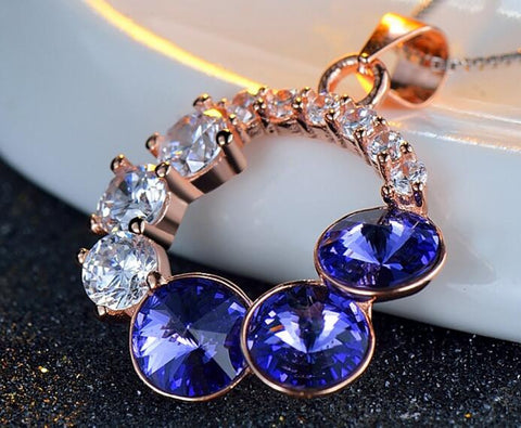 Dark Blue Crystal Pendnat Necklace
