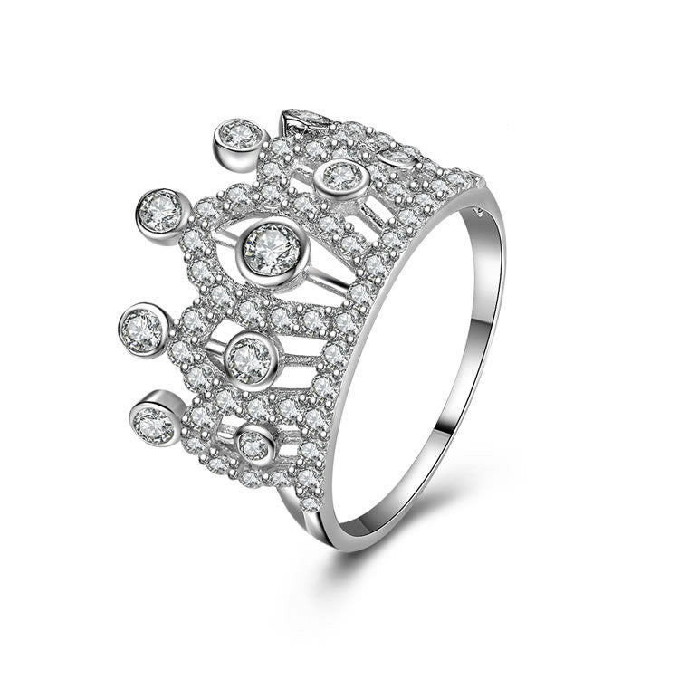 """Princess's Crown"" Vintage Hollowed 925 Sterling Silver Statement Ring With Zircons"