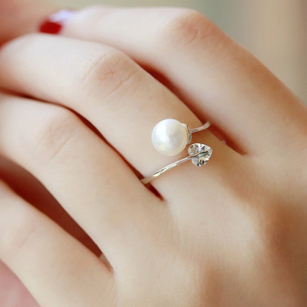 Heart-shaped Pearl Adjustable Opening Cocktail Ring