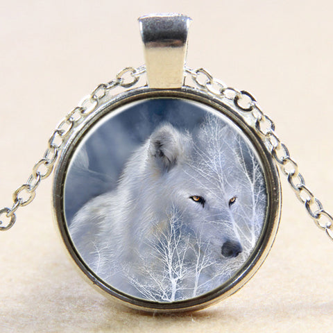 Cool Arctic Wolf Gemstone Necklace